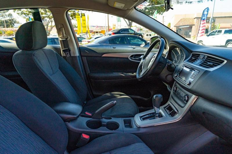 Nissan Sentra 2015 price $13,999