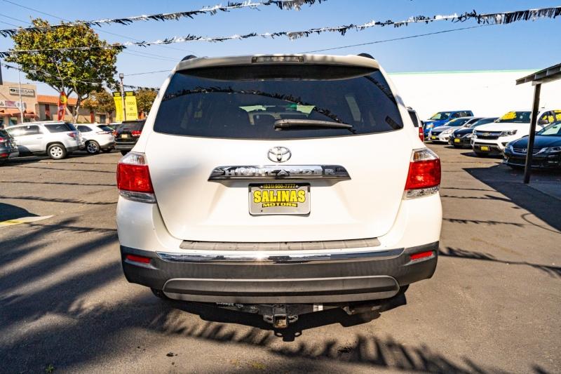 Toyota Highlander 2012 price $17,999