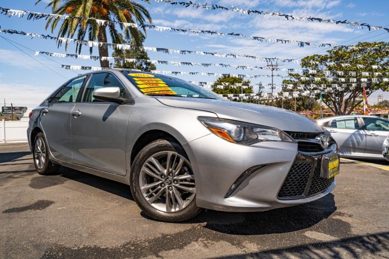 Toyota Camry 2017 price $19,999