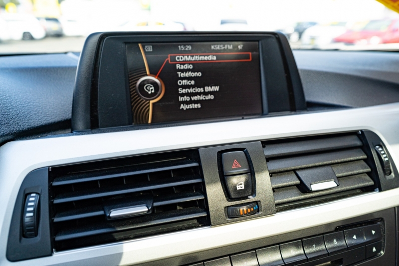BMW 3-Series 2013 price $15,999