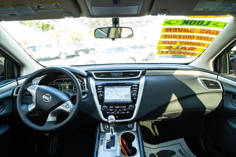 Nissan Murano 2017 price $21,999