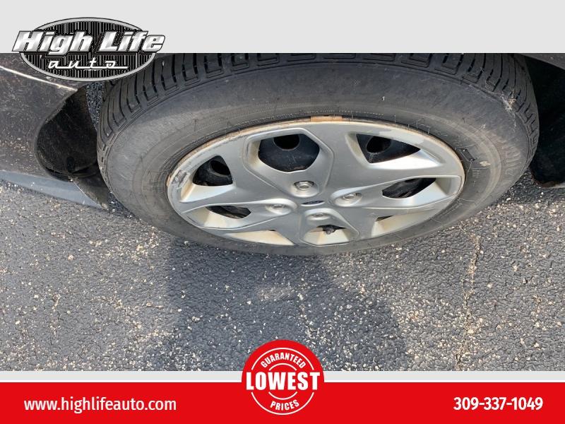 Ford Fiesta 2011 price $1,900