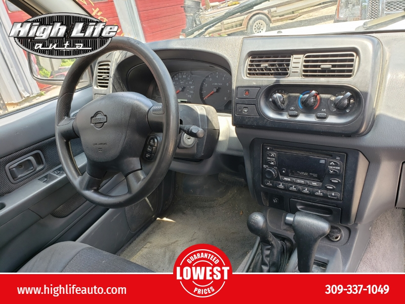Nissan Frontier 4WD 2001 price $2,000