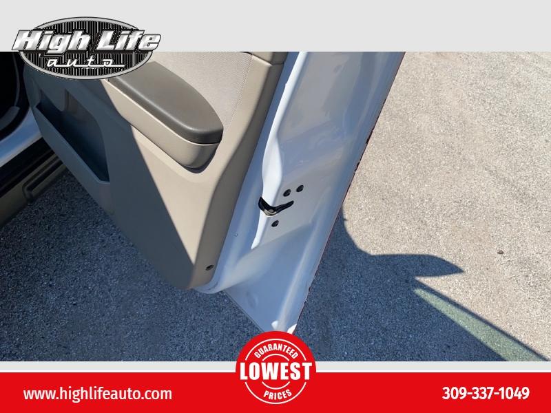 Ford Escape 2012 price $1,900
