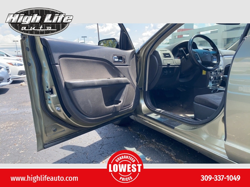 Ford Fusion 2012 price $3,900