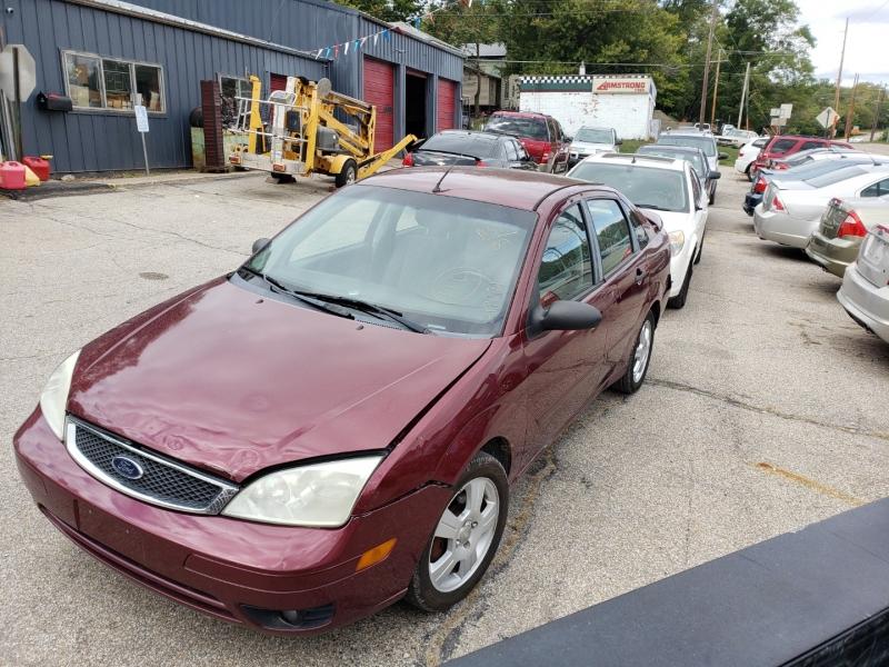Ford Focus 2007 price $1,100