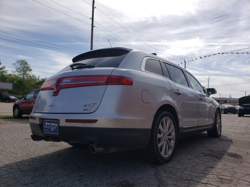 Lincoln MKT 2012 price $4,500
