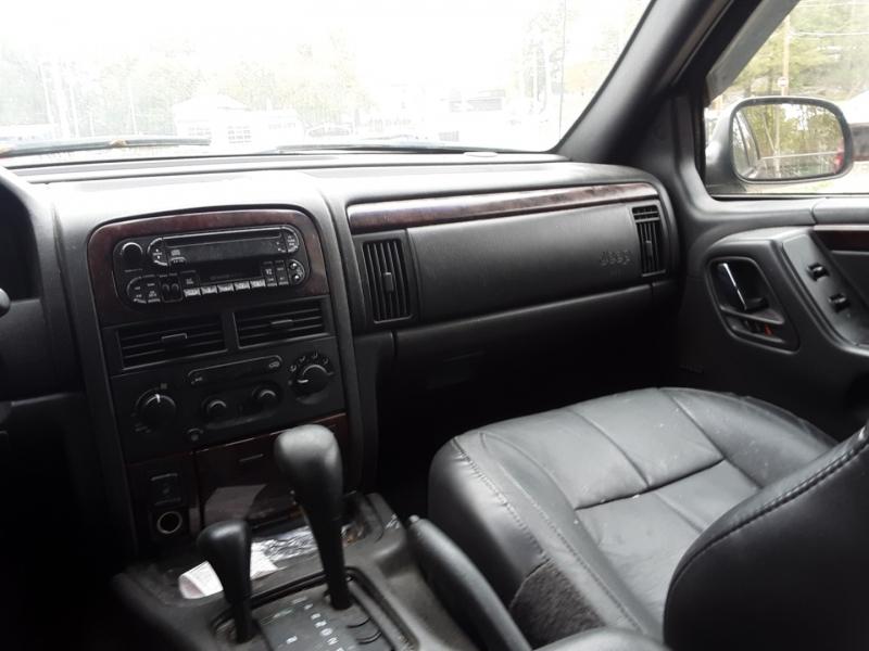 Jeep Grand Cherokee 2001 price $2,500