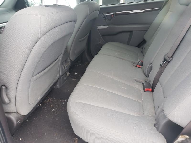 Hyundai Santa Fe 2011 price $3,100