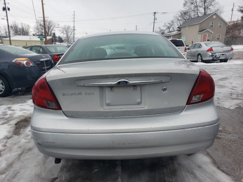 Ford Taurus 2001 price $1,000