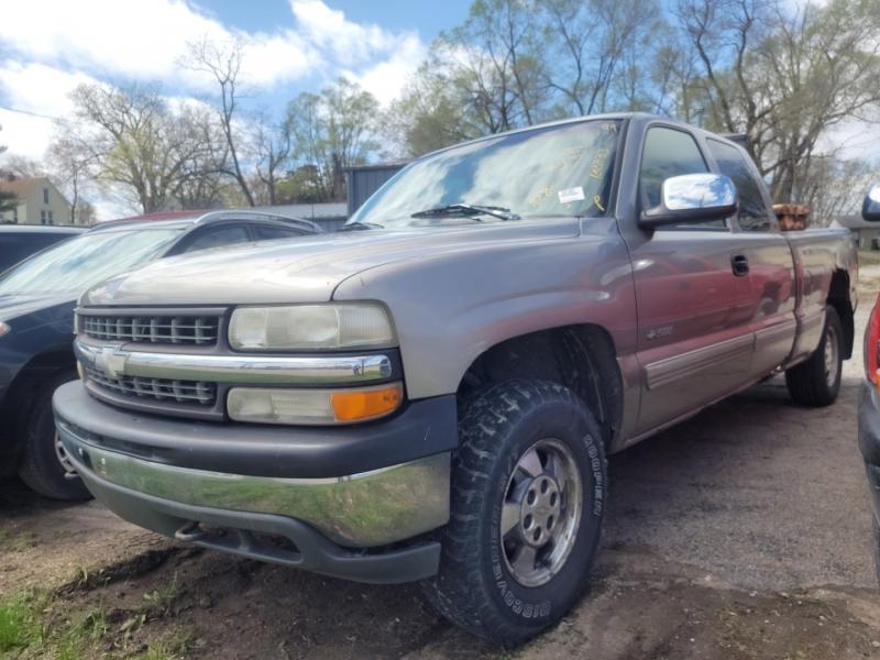 Chevrolet Silverado 1500 1999 price $2,200