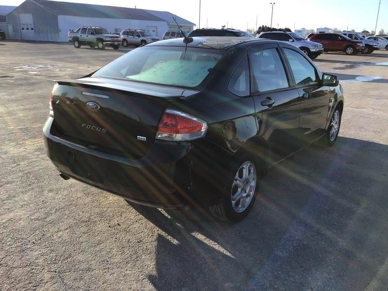 Ford Focus 2008 price $2,200