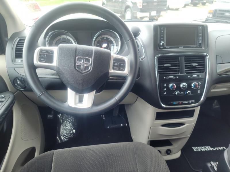 Dodge Grand Caravan 2017 price $14,400
