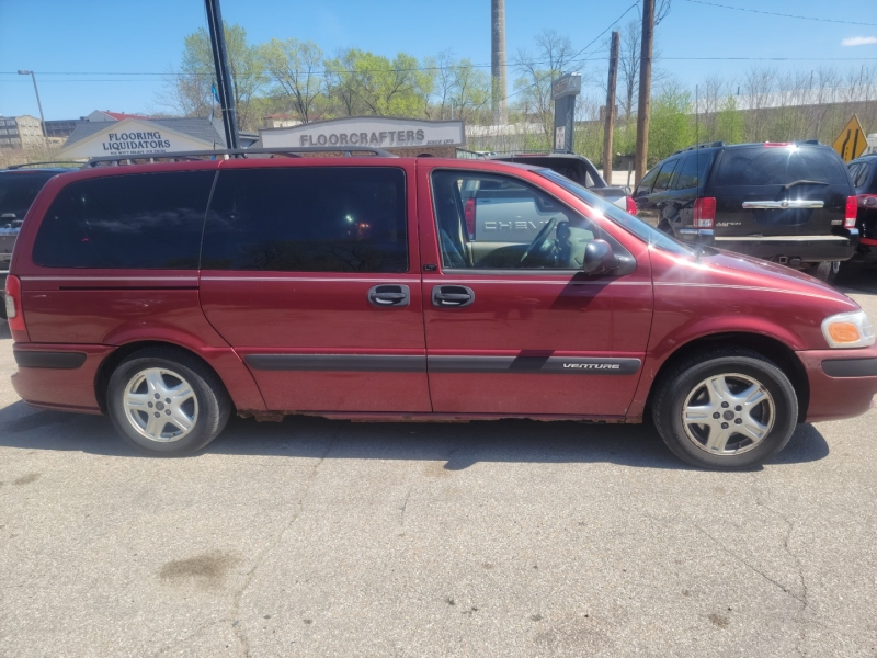 Chevrolet Venture 2002 price $1,500
