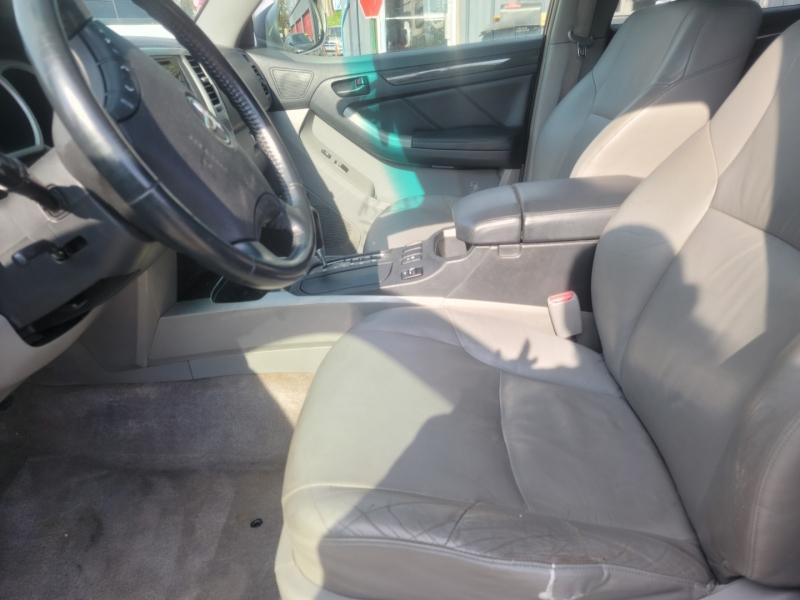 Toyota 4Runner 2005 price $3,000