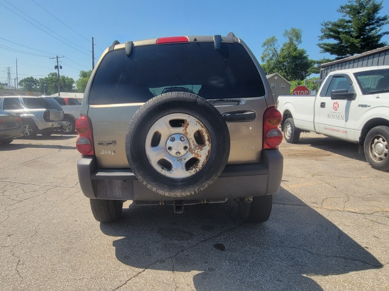 Jeep Liberty 2004 price $2,000