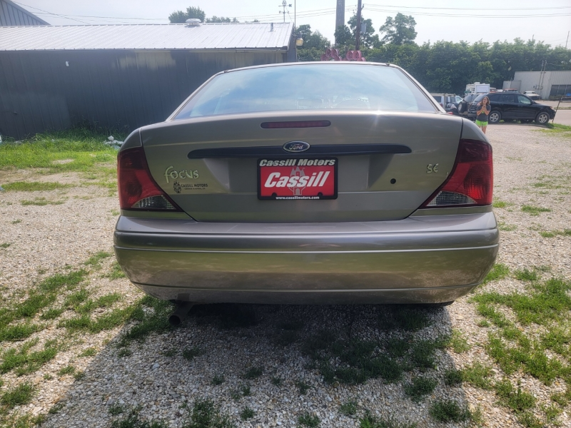 Ford Focus 2004 price $1,900