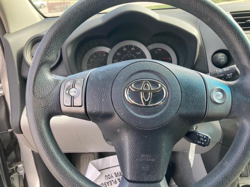 TOYOTA RAV4 2011 price $8,550