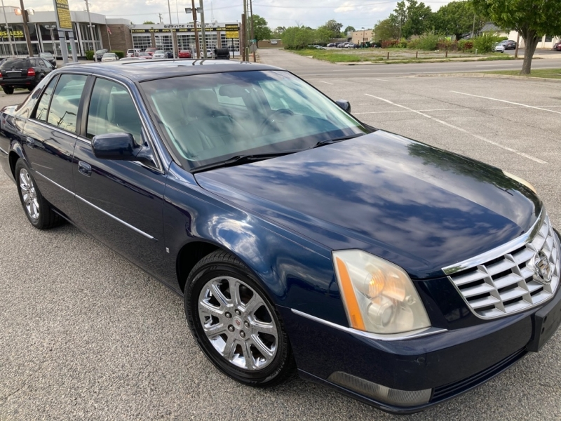 CADILLAC DTS 2008 price $6,450
