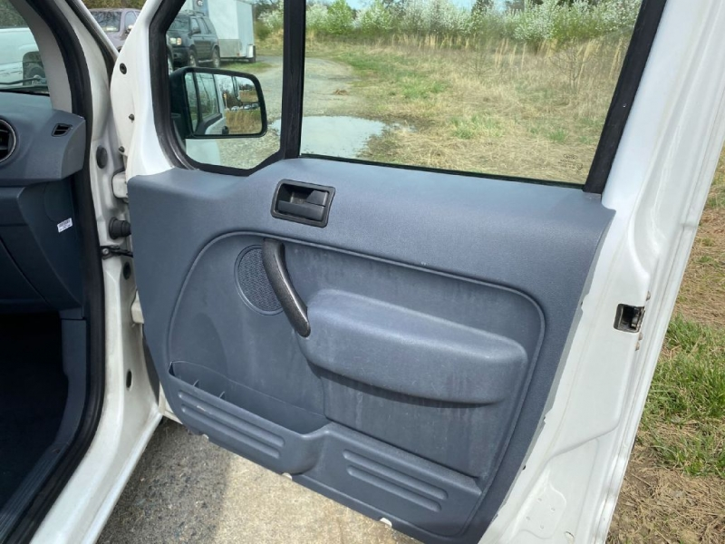 FORD TRANSIT CONNECT 2013 price $8,550