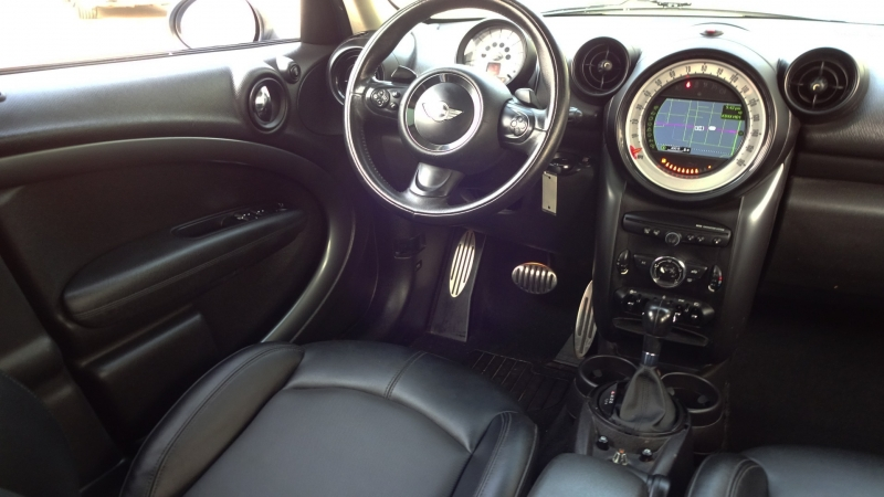 Mini Cooper Countryman 2014 price $11,999