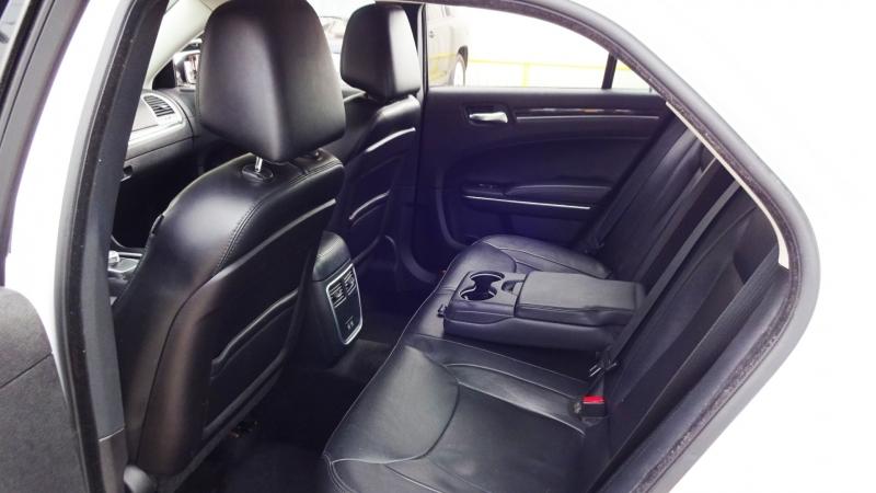 Chrysler 300-Series 2015 price $15,940
