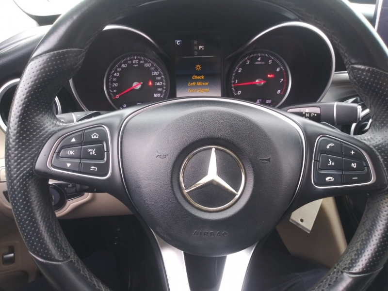 Mercedes-Benz C-Class 2016 price $18,900