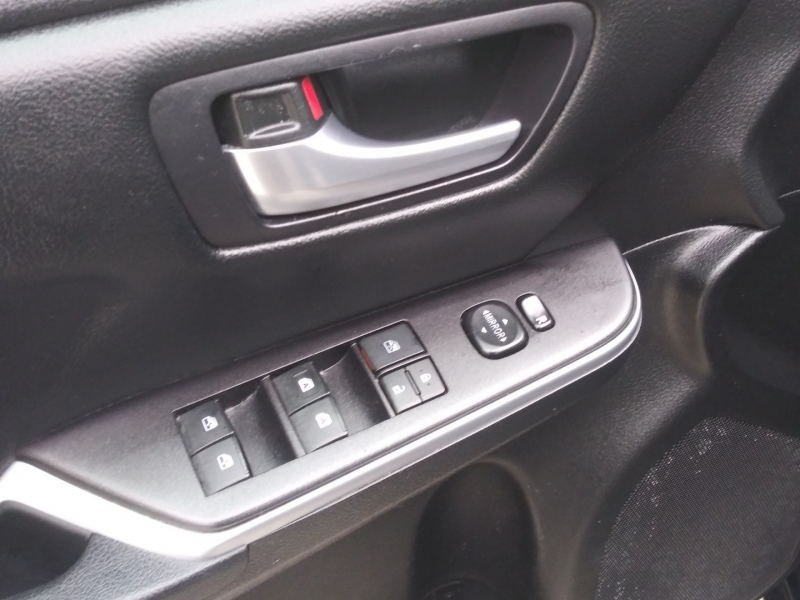 Toyota Camry 2015 price $11,490