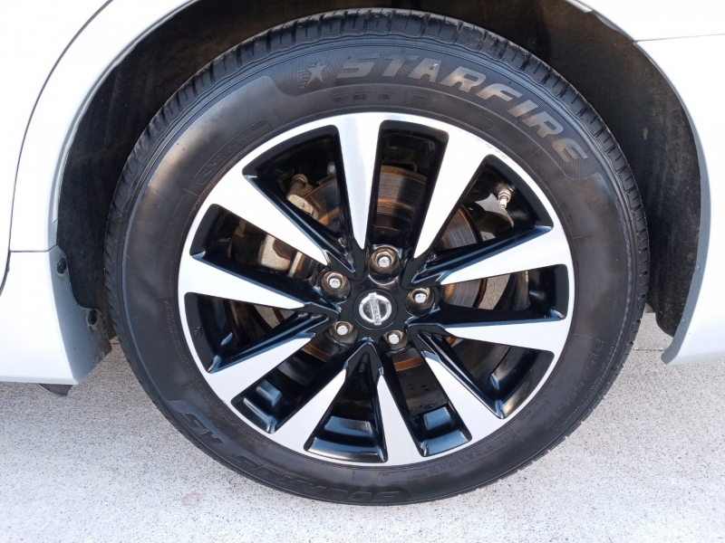 Nissan Altima 2018 price $11,999