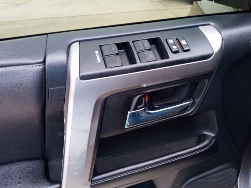 Toyota 4Runner 2017 price $29,999