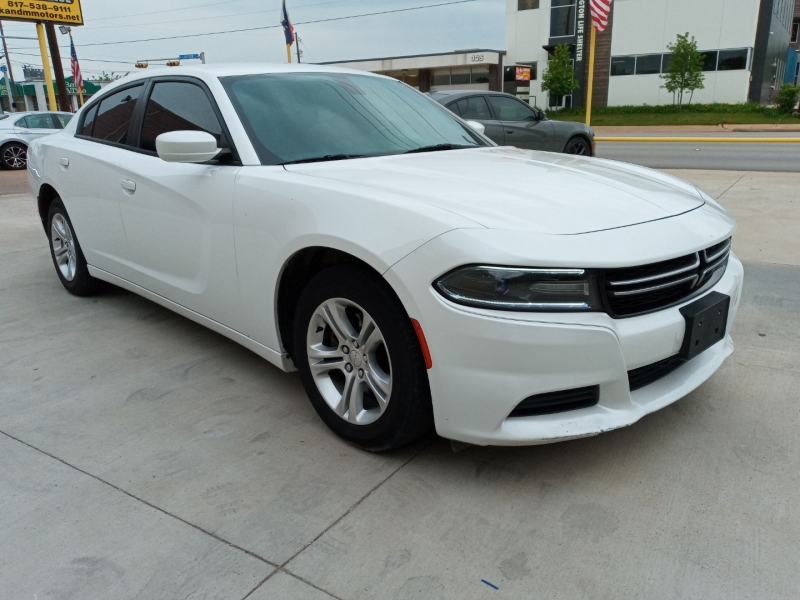Dodge Charger 2015 price $14,900