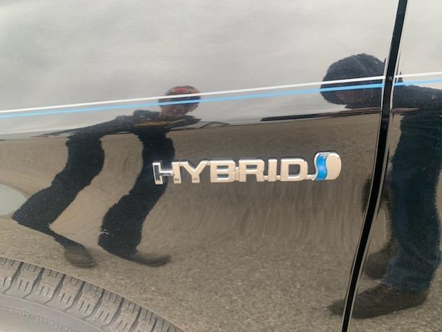 Toyota Prius 2010 price $10,985
