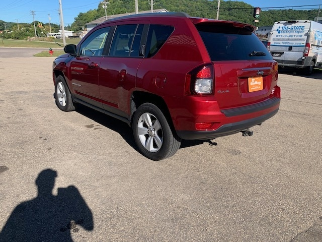 Jeep Compass 2015 price $10,990
