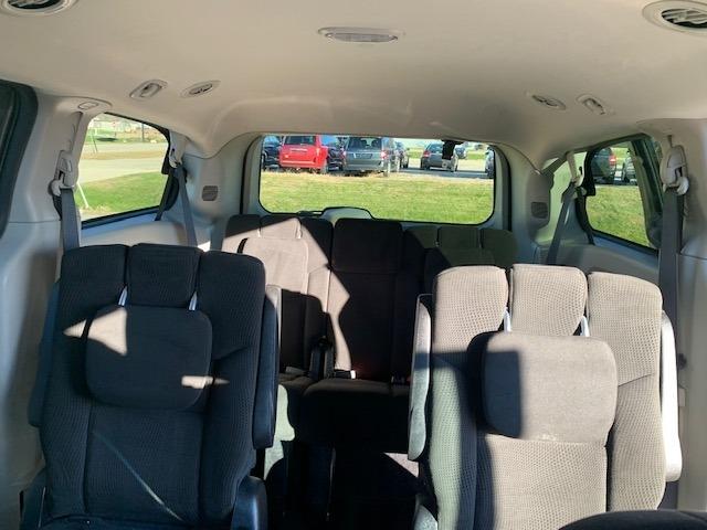 Dodge Grand Caravan 2016 price $8,985