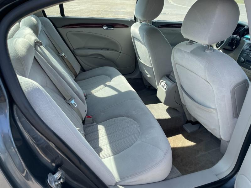 Buick Lucerne 2009 price $6,990