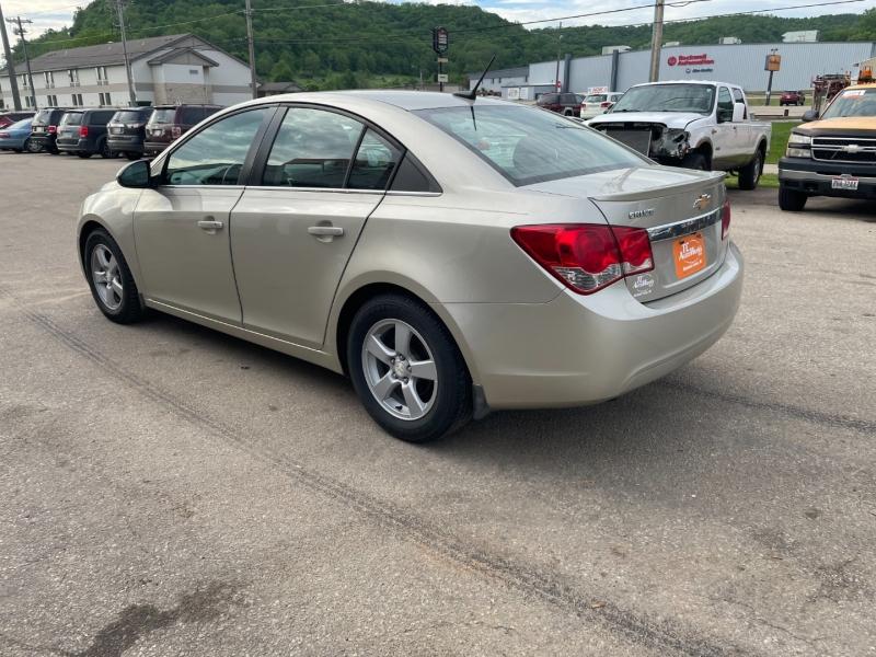 Chevrolet Cruze 2013 price $9,490