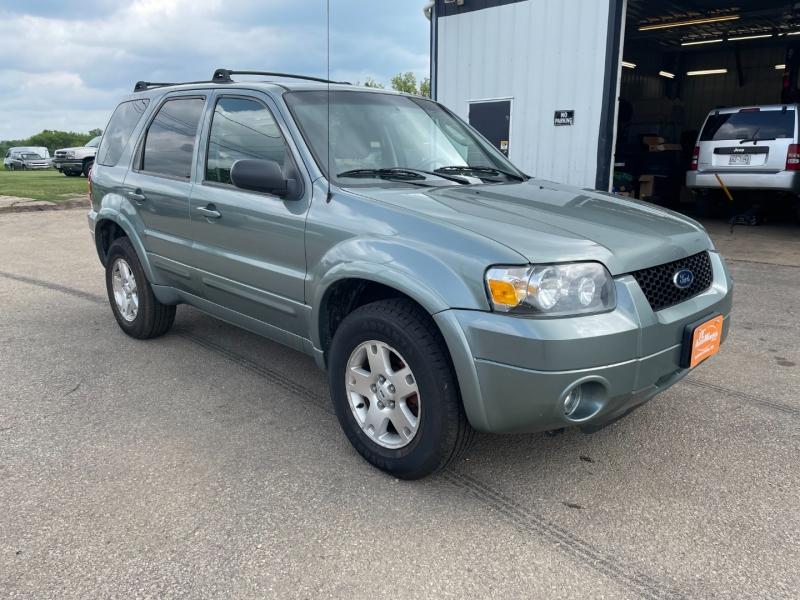 Ford Escape 2006 price $6,990