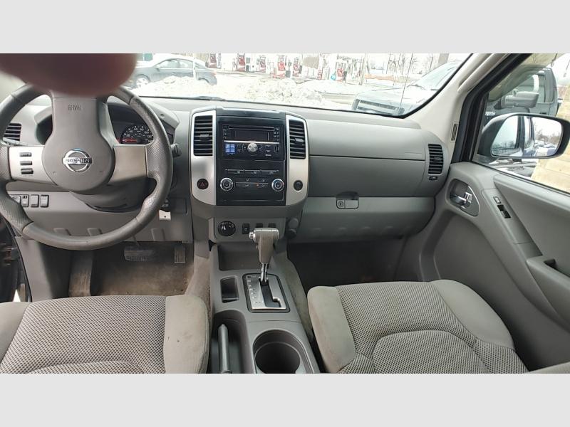 Nissan Frontier 2010 price $10,900