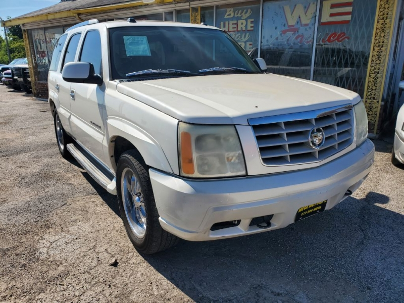 CADILLAC ESCALADE 2005 price $1,525 Down