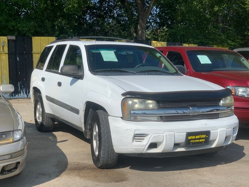 CHEVROLET TRAILBLAZER 2003 price $700 Down