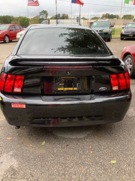 FORD MUSTANG 2000 price $825 Down