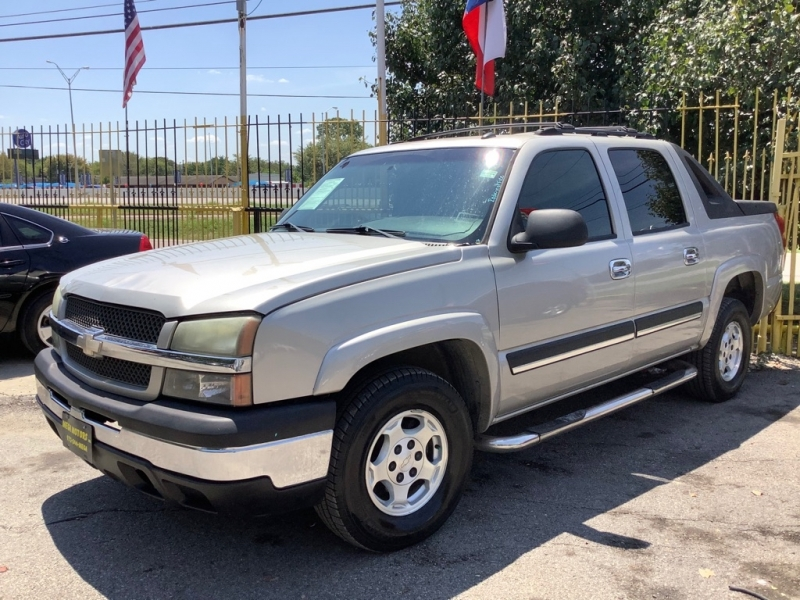 CHEVROLET AVALANCHE 2005 price $1,025 Down