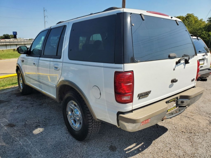 FORD EXPEDITION 2000 price $700 Down