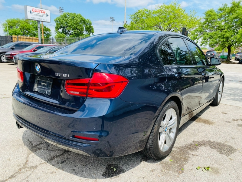 BMW 3-Series 2016 price $18,495