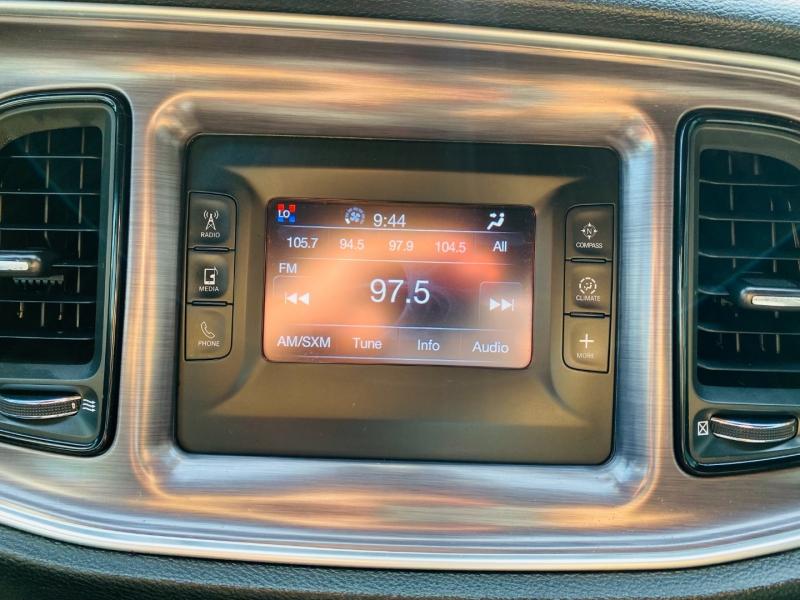 Dodge Challenger 2015 price $14,995