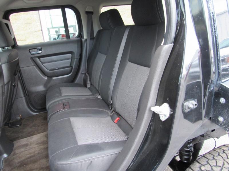 Hummer H3 2009 price $11,995