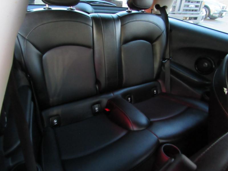 Mini Cooper Hardtop 2015 price $9,995
