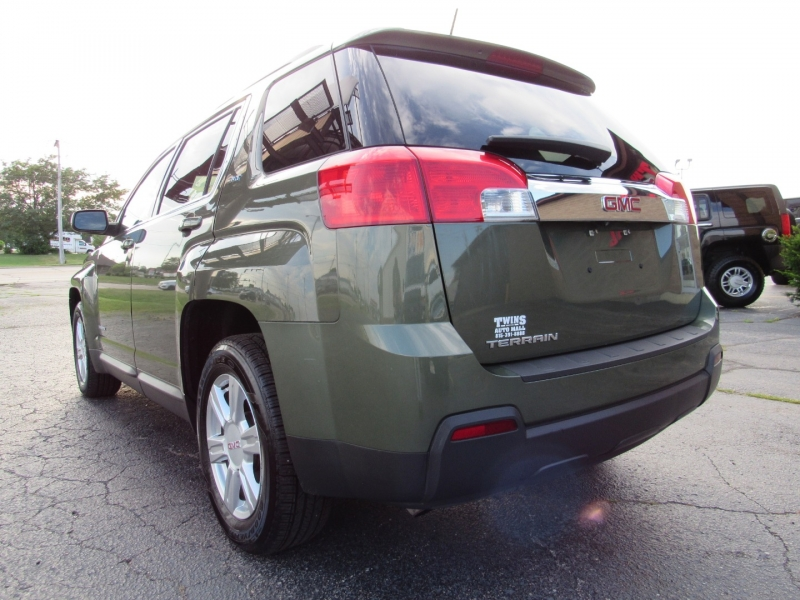 GMC Terrain 2015 price $19,995