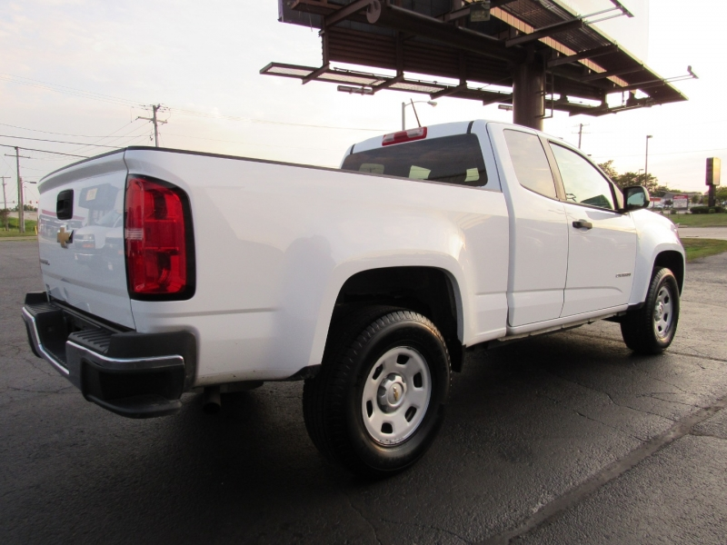 Chevrolet Colorado 2015 price $15,995