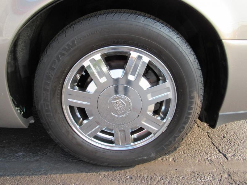 Cadillac DeVille 2003 price $5,995